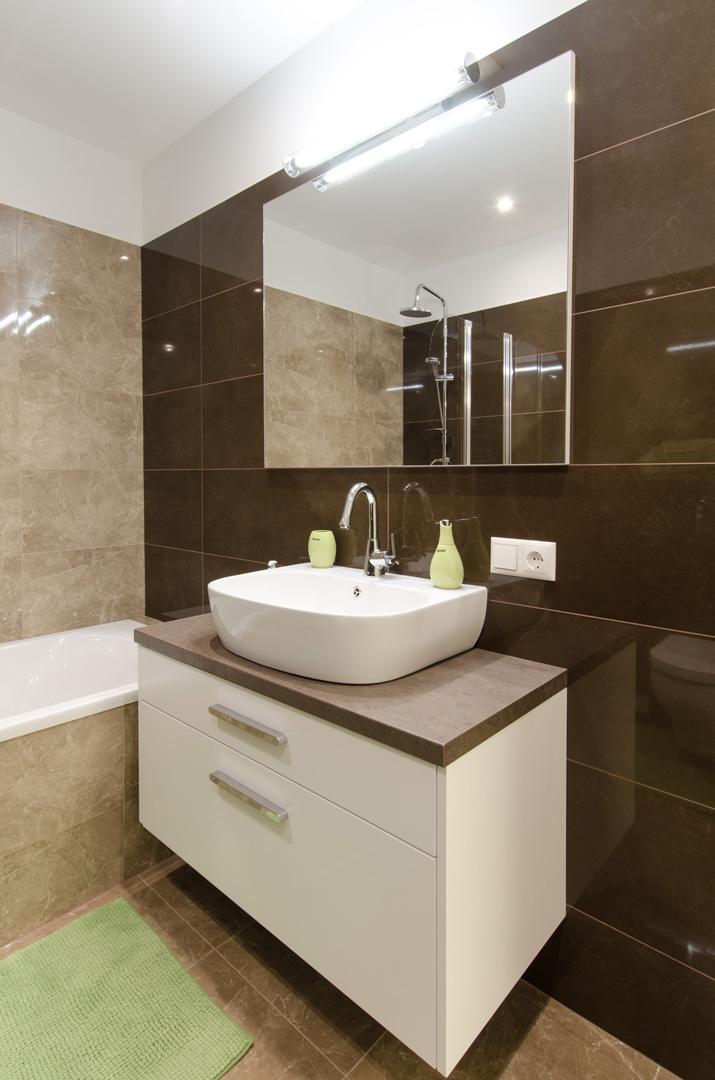 modernus_vonios_baldai