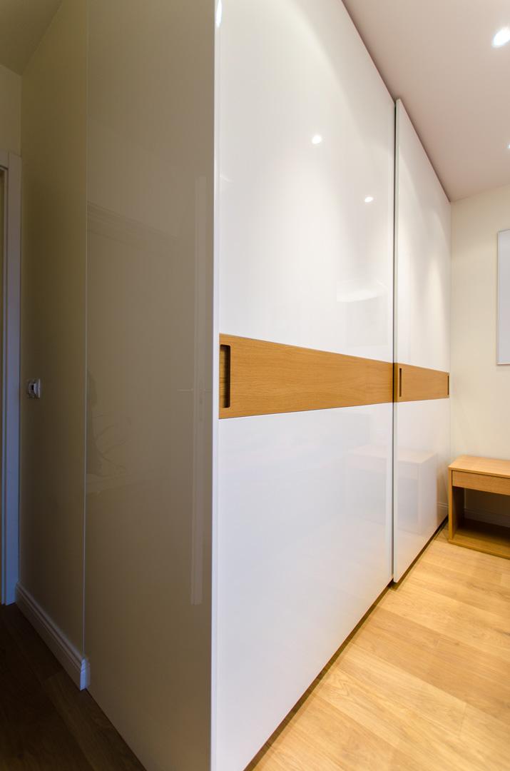 stylish_sliding_wardrobe_doors