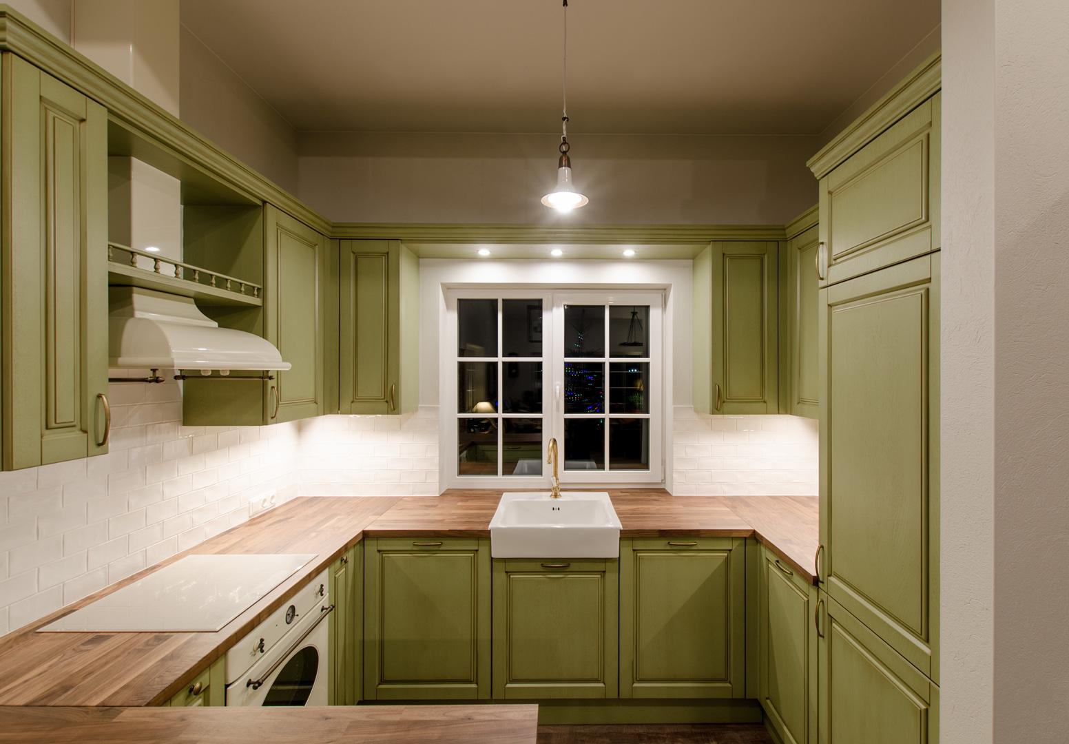 1_klasikine_virtuve_dizainas