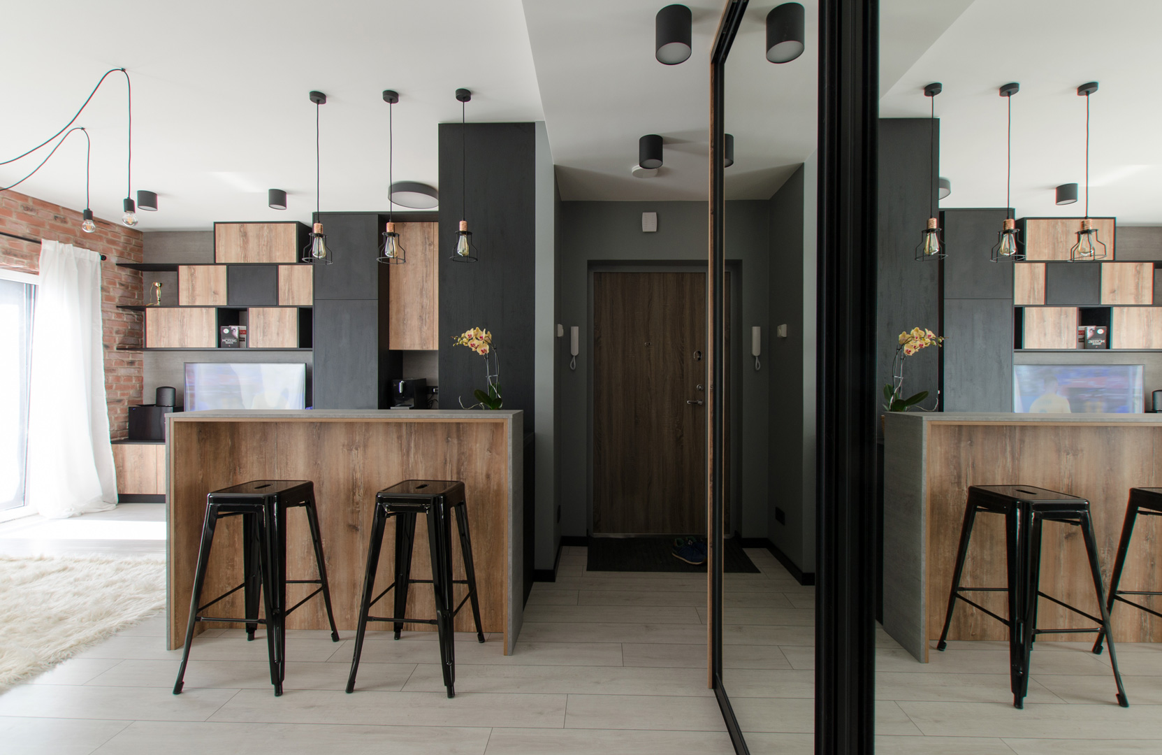 wood_black_kitchen_design