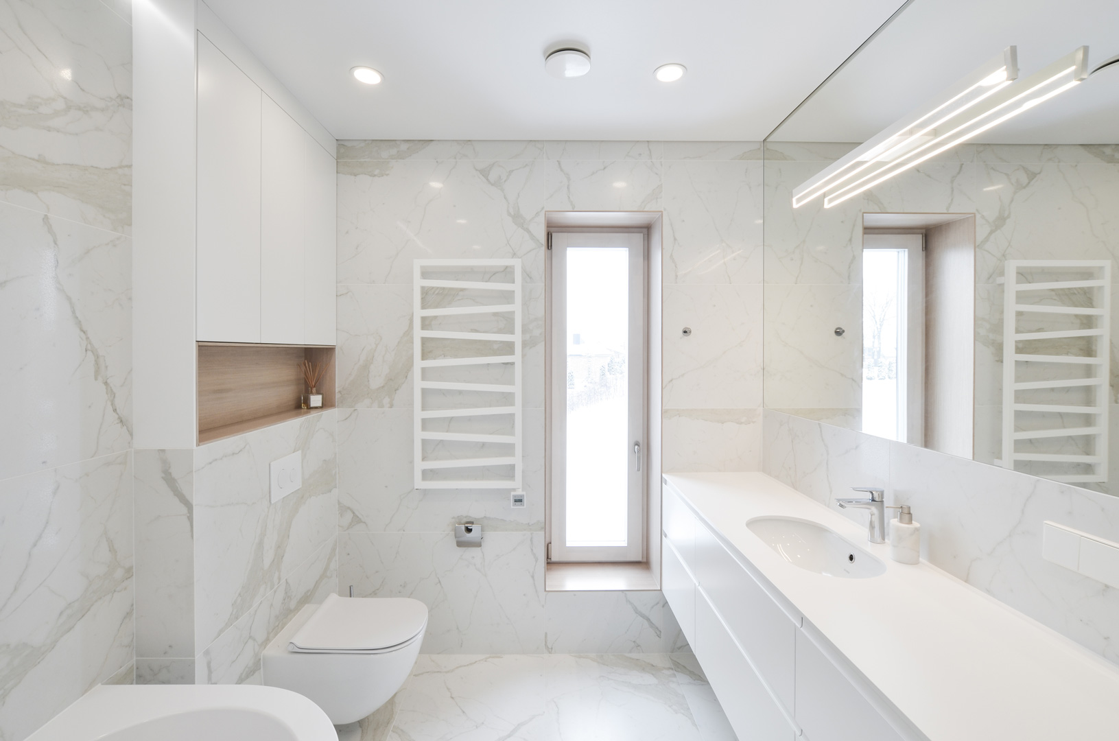 vonios_kambario_baldai