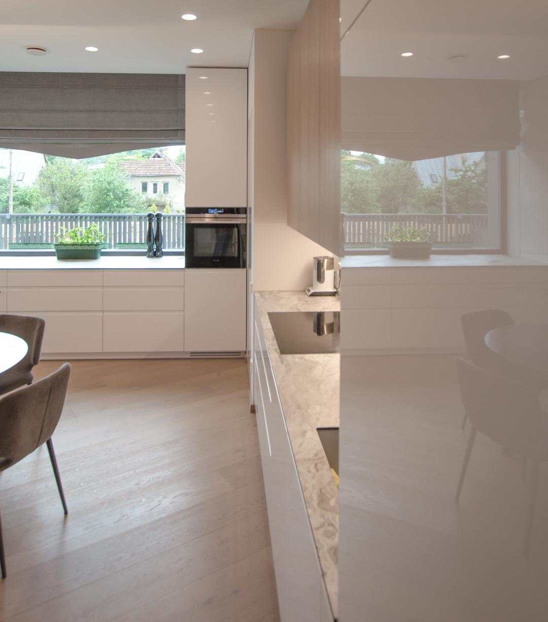 white_kitchen